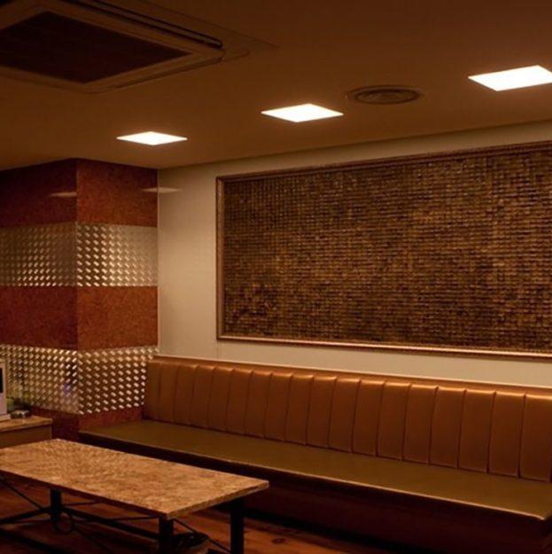 kokosovaya mozaika cosca kakao interno1 623x625 - Плинтус СПБ - плинтусы, напольные покрытия и отделочные материалы в Санкт-Петербурге