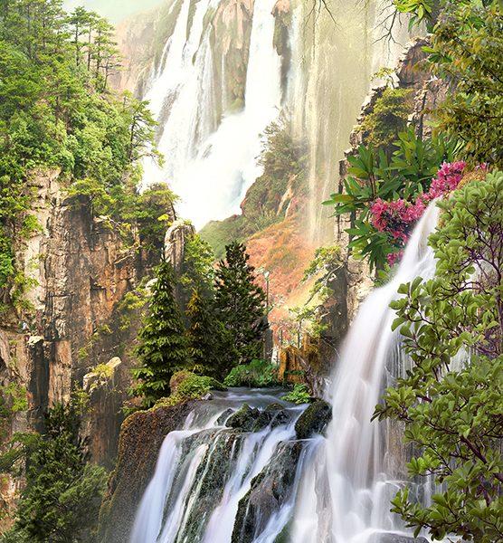 Водопады на горе